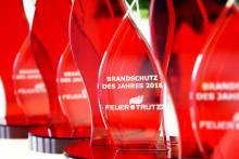"""FeuerTRUTZ verleiht Auszeichnung """"Brandschutz des Jahres 2018"""""""