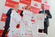 Santander spendet Shirts für Schloss Dyck Lauf  im Wert von 20 000 Euro