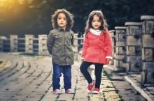 Vælg tøj fra Danefæ til dit barn