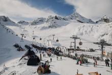 """Der erste """"Powder"""" der Saison: Mit SportScheck beim  32. Gletscher Testival in den Winter starten"""