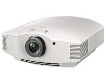 Nowy projektor Sony VPL-HW45ES: realistyczne wrażenia w kinie domowym dzięki doskonałej jakości obrazu Full HD 3D