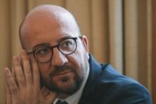 Premier Michel vaakst vernoemde politicus van 2016