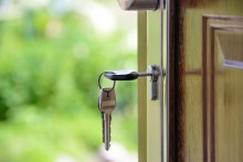 Sådan skaber du tryghed i dit hjem