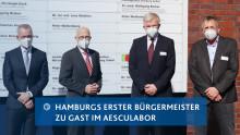 Neues Kompetenzlabor für seltene Erkrankungen & Rückgrat der SARS-CoV-2-Diagnostik: Hamburgs Bürgermeister Tschentscher besucht aescuLabor Hamburg