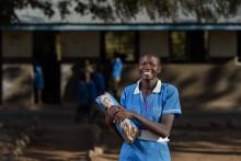 Second hand-shoppare bidrog med 2,8 miljoner till barns utbildning