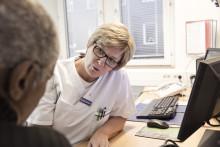 Patienter behandlade för huvud-halscancer ger vården gott betyg