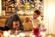 Italiani e smartphone: sempre connessi, anche a Natale