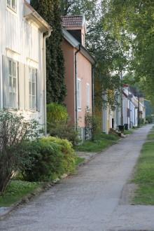 Något uppåt på bostadsmarknaden under sommaren