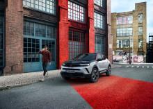 Nya Opel Mokka - visar vägen