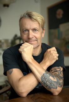 Ernst Billgren släpper Ny Bok - Salamandern från Farsta!