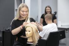 Nya beslut i gymnasieutredningen: Hantverksprogrammet avvecklas och medianriktningen på estetiska programmet behålls
