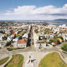The Guardian nimesi Islannin Euroopan parhaaksi maaksi Readers' Travel Awards 2012:n yhteydessä