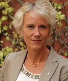 Karin Meyer prioriterar tre frågor som ny VD för Apotekarsocieteten