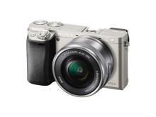 Ne ratez plus jamais une photo : l'α6000 de Sony offre l'autofocus le plus rapide au monde parmi les appareils photo à objectifs interchangeables