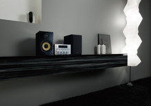 Refined sound and classic style with G Series micro Hi-Fi systems