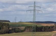 Bayernwerk verbessert Standsicherheit einzelner Strommaste in Oberbayern