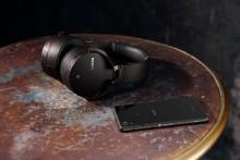 Note in libertà con le nuove cuffie wireless Bluetooth®  di Sony