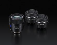 Drei neue Festbrennweiten ergänzen das Alpha Spiegelreflex-Portfolio von Sony