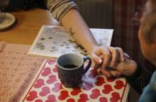 Utreder möjlighet till äldreomsorg på finska