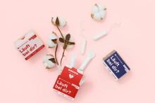 """Ein weiteres Gewinnerprojekt des Crowdfunding-Contests dmSTART! hält Einzug bei dm: Bio-Tampons aus Bio-Baumwolle und ohne Plastikfolie von """"The Female Company"""""""
