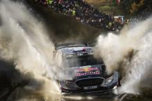 Sébastien Ogier vybojoval s Fordem Fiesta WRC titul mistra světa v automobilových soutěžích