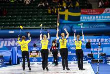 Curling-VM: Kämpaseger mot Sydkorea för lag Hasselborg