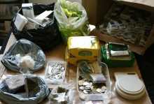 Three arrested and drugs with a street value of £10,000 recovered – Southport