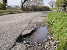 Desperate state of UK roads highlighted as RAC records sharpest quarterly rise in pothole-related breakdowns on record