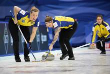 Curling-VM: Sverige och Kanada rycker i tabelltoppen