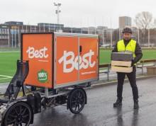 Årstidernas matkassar levereras nu med cykel i centrala Göteborg
