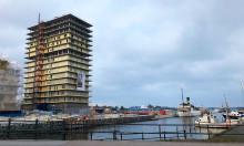 16 våningar glasräcke i Norrtälje hamn