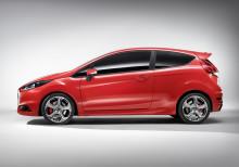 Ford visar produktionsfärdig Fiesta ST på 2012 års bilmässa i Genève