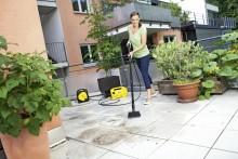 Vårklar uteplass med Kärcher Balcony Cleaner!