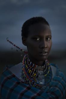 Sofia Jern voitti Sony World Photography Awards -kilpailun kansallisen sarjan pysäyttävällä kuvallaan nuoresta Maasai-naisesta