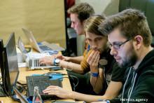 Keine Atempause: Auf dem InsurHack® wird in 48 Stunden die Zukunft der Assekuranz programmiert