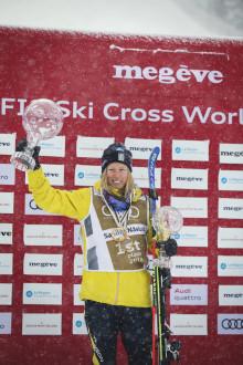Sandra Näslund slutsegrare i både skicrosscupen och totala freestylevärldscupen