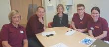 Unga med Parkinsons sjukdom erbjuds teambaserad rehabilitering