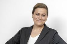 Olaug Nilssen klar med farse frå bokbransjen