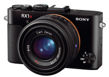Sony introduceert de RX1R II compact camera met 42,2MP back-illuminated full-frame beeldsensor