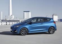 Ford vystavuje v Ženevě řadu minulých i současných sportovních modelů v čele se zcela novou Fiestou ST