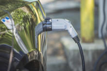 SUVs outselling electric cars, UK Energy Research Centre report shows - RAC comment