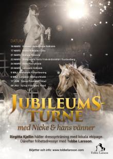 Tobbe Larsson populära hästshow med stjärnhästarna Nicke & hans vänner!
