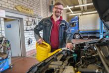 Das Auto fit für den Frühling machen: Tipps von Hephata-Fuhrparkleiter Stefan Faber