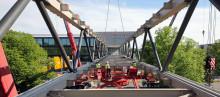Brückeneinhub für den Neubau der Konzernzentrale der Continental AG