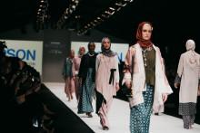 Epson Hadir dalam Acara Jakarta Fashion Week 2020 dengan Berbagai Solusi Cetak Tekstil Digital