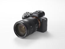 """Sony, """"Full Frame Aynasız"""" ürün yelpazesini, kompakt bir paket içine sığdırılmış en son görüntüleme teknolojilerine sahip  yeni a7 III ile genişletiyor"""
