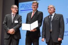 """Rektor des Jahres"" ist Professor Dr. Johannes Wessels"