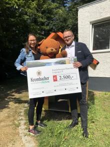 Krombacher Brauerei spendet 2.500 Euro an Kinderhospiz Bärenherz