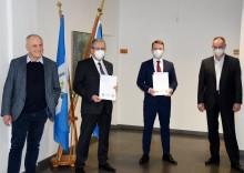 Glasfaseroffensive in Brandenburg: Landkreis Spree-Neiße und Deutsche Glasfaser besiegeln geförderten Glasfaserausbau