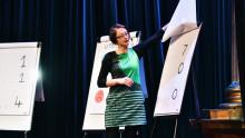 Forskare intar scenen i Västerås – presenterar forskning på fyra minuter